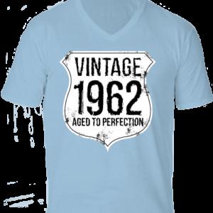 Vintage 1962 szülinapos -Férfi V nyakú póló