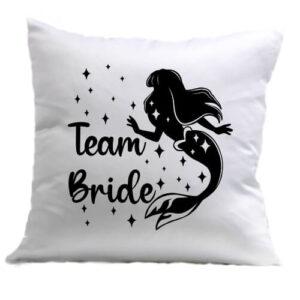 Team Bride Szirén lánybúcsú – Párna
